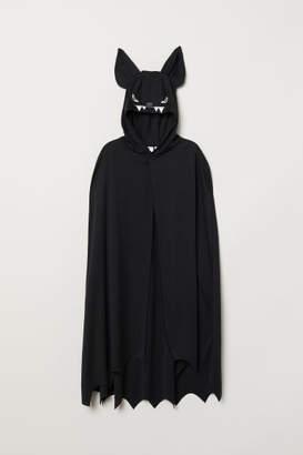 H&M Masquerade Cape - Black