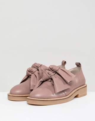 Asos Design DESIGN Masterful Premium Bow Leather Flat Shoes