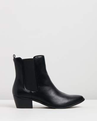 Spurr Avery Ankle Boots