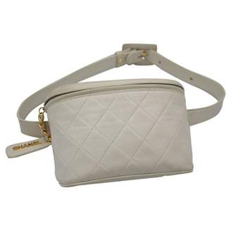 19895f5a3298 Chanel Vintage White Leather Clutch Bag