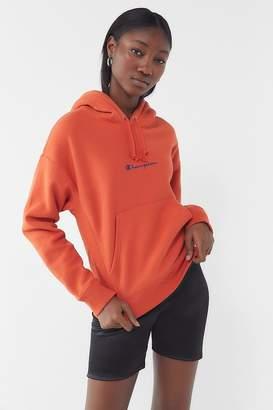 Champion UO Exclusive Script Hoodie Sweatshirt