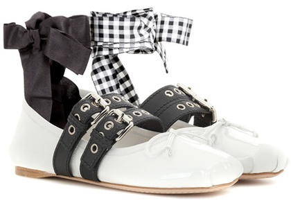 Miu Miu Buckle-embellished patent leather ballerinas