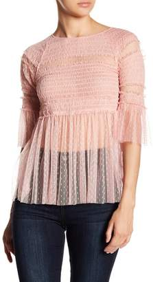 Romeo & Juliet Couture Lace 3\u002F4 Sleeve Top