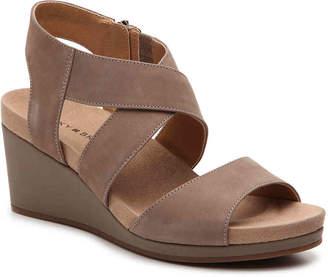 Lucky Brand Kakina Wedge Sandal - Women's