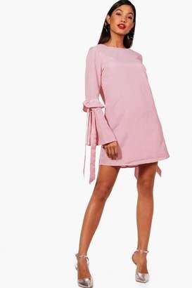 boohoo Sleeve Detail Stripe Shift Dress