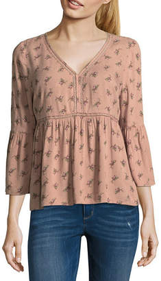 Arizona Womens V Neck 3/4 Sleeve Floral Blouse-Juniors