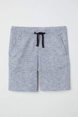 H&M Generous Fit Shorts - Black