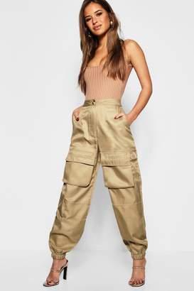 boohoo Petite Pocket Detail Cargo Trouser