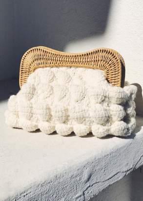 Kule Kayu hurricane knitted yarn clutch
