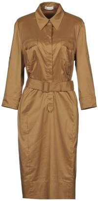St. Emile Knee-length dresses