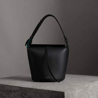 Burberry The Medium Leather Bucket Bag