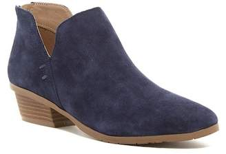 Kenneth Cole Reaction Side Way Ankle Bootie