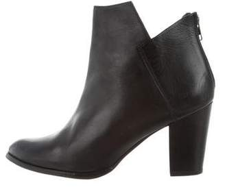 Seychelles Leather Round-Toe Ankle Boots