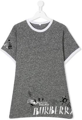 Burberry TEEN adventure-motif T-shirt