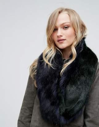 Bandits Premium Faux Fur Twist Scarf