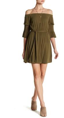 Dee Elly Off-the-Shoulder Tiered Ruffle Sleeve Dress