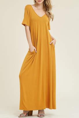 Riah Fashion V-Neck/pocket Maxi Dress