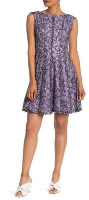 Gabby Skye Floral Print Lace Dress