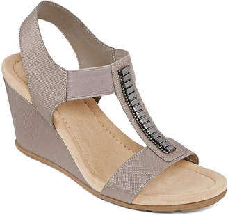 ST. JOHN'S BAY Womens Lamu Wedge Sandals