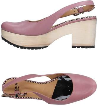 Toga Pulla Pumps