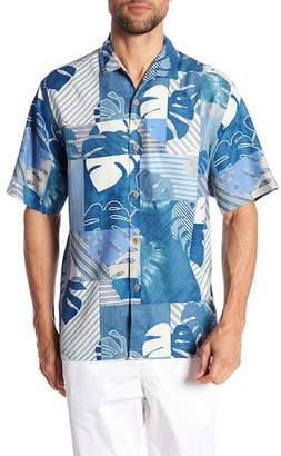 Tommy Bahama Totally Tiled Short Sleeve Print Silk Original Fit Shirt
