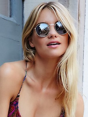 Free People Far Out Round Sunnies $20 thestylecure.com