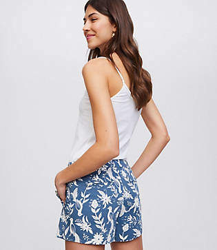 LOFT Peacock Ruffle Pocket Riviera Shorts with 4 Inch Inseam
