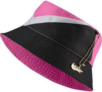 Nike Reversible Swoosh Bucket Hat