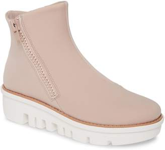 FitFlop Chunky Zip Bootie