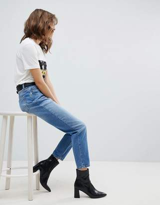 Selected High Rise Mom Jeans