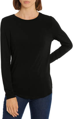 Tee with crewneck rounded hem detail fitted