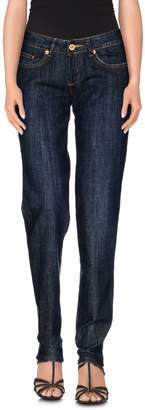List Jeans