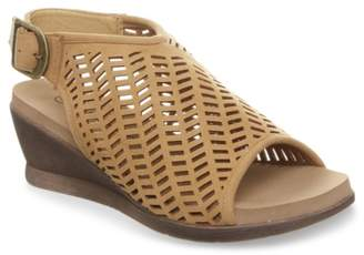 BearPaw Roxie Wedge Sandal