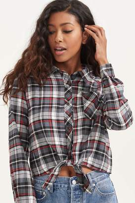 Ardene Knotted Plaid Crop Shirt