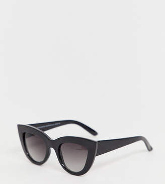 0eb34f2d6e8 Cat Eye Stradivarius large cateye sunglasses in black