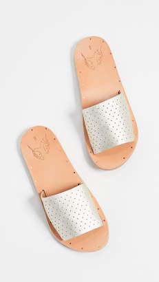 beek Mockingbird Perforated Slides