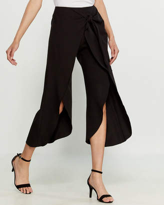 Necessary Objects Black Tie Waist Pants