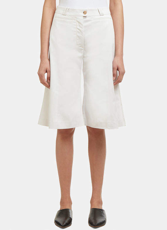 Tagino Shorts in White