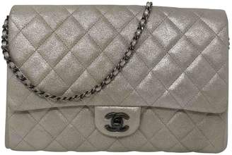 Chanel Timeless/Classique Silver Leather Clutch Bag