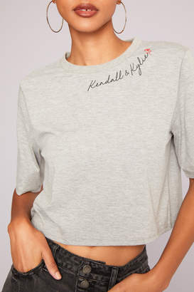 52355141 KENDALL + KYLIE Kendall & Kylie Crop Tee with Collar Print