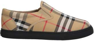 Burberry Low-tops & sneakers - Item 11572773LF