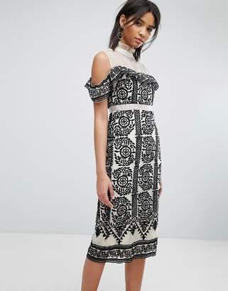 Elliatt Embroidered Bodycon Dress