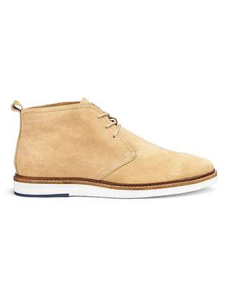 5930c96ad553 Beige Desert Boots For Men - ShopStyle UK