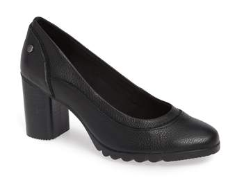 Hush Puppies R) Spaniel Pump