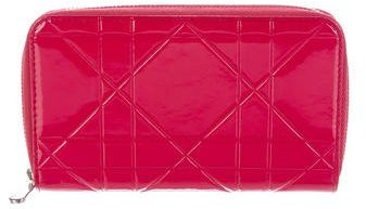 Christian Dior Lady Dior Cannage Wallet