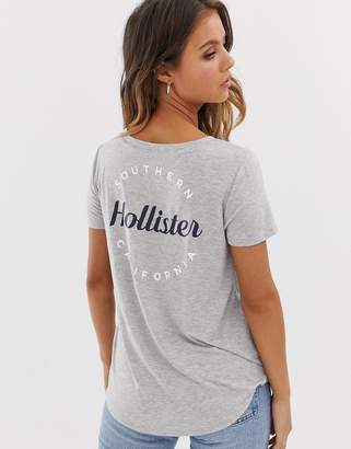 Hollister drapey t-shirt