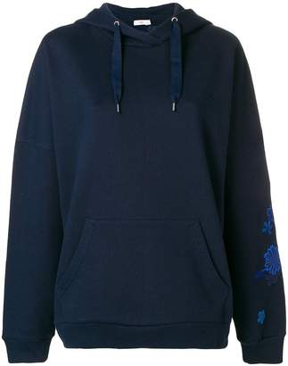 Closed embroidered hoodie