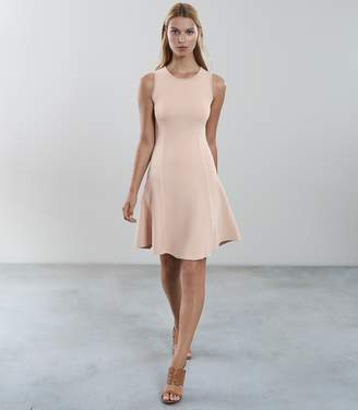 Reiss MILLIE KNITTED FIT AND FLARE DRESS Fresh Nude