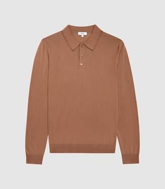 Reiss Trafford - Merino Wool Polo Shirt in Camel