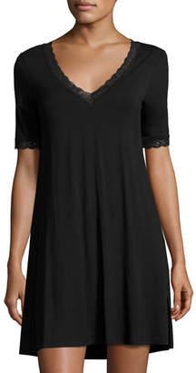 Natori Feathers Lace-Trim Sleepshirt